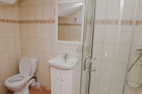 Apartamenty i pokoje w Poladze w prywatnym pensjonacie COLUMBA LIVIA - 9