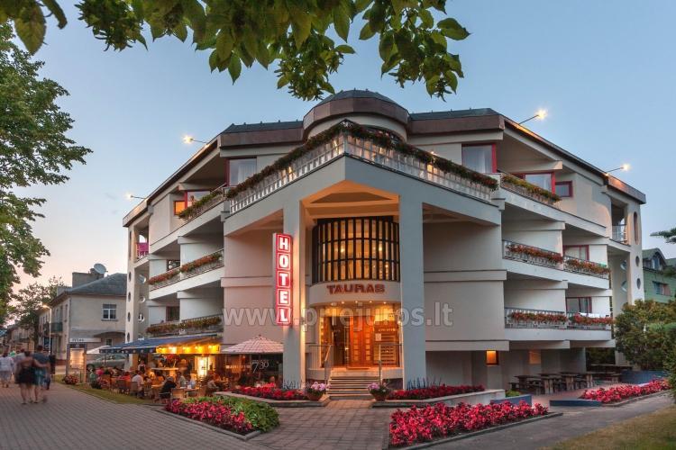 Hotel w Poladze Tauras Center Hotel