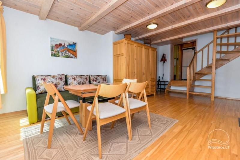 Trzypokojowy apartament z podwórkiem, altaną - do wynajęcia w Nidzie, Mierzeja Kurońska