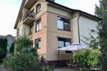 Apartamenty i pokoje do wynajęcia w prywatnym domu w Połądze