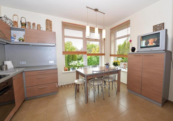 Apartamenty i pokoje do wynajęcia w prywatnym domu w Połądze - 1
