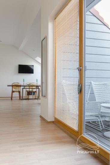 Przestronny 3-pokojowy apartament w Nidzie z balkonem / tarasem - 11