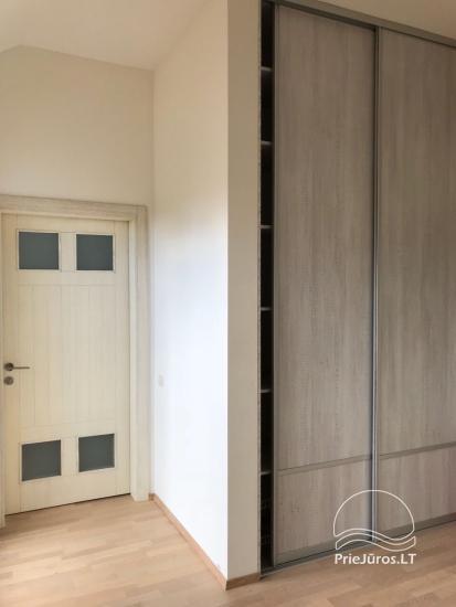 Przestronny 3-pokojowy apartament w Nidzie z balkonem / tarasem - 24