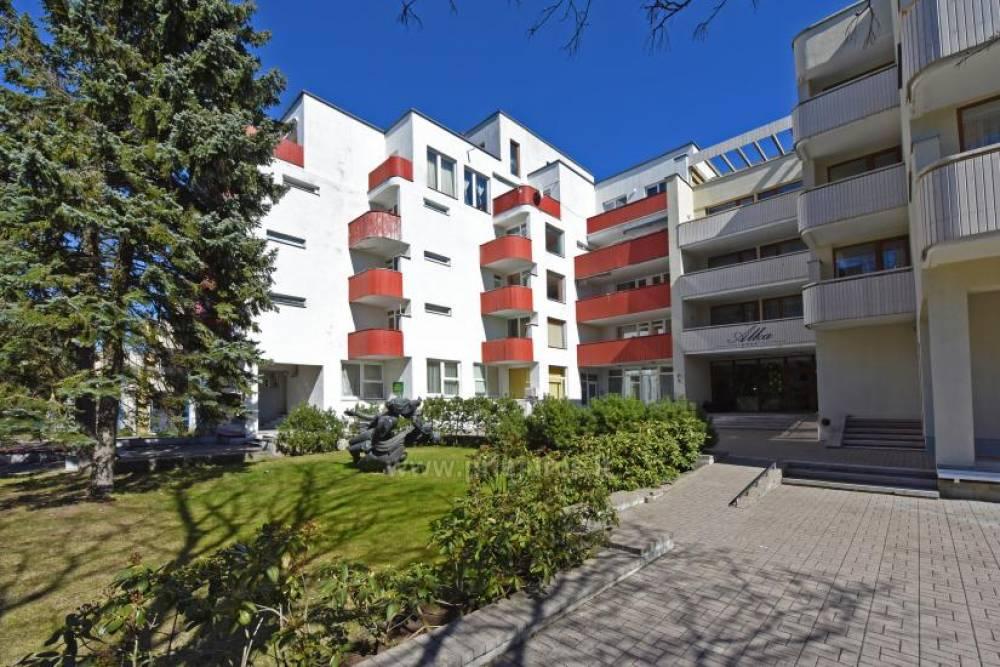 Mini mieszkanie z oddzielnym WC i prysznicem oraz aneksem kuchennym w centrum Połągi, 500 m od plaży! - 1