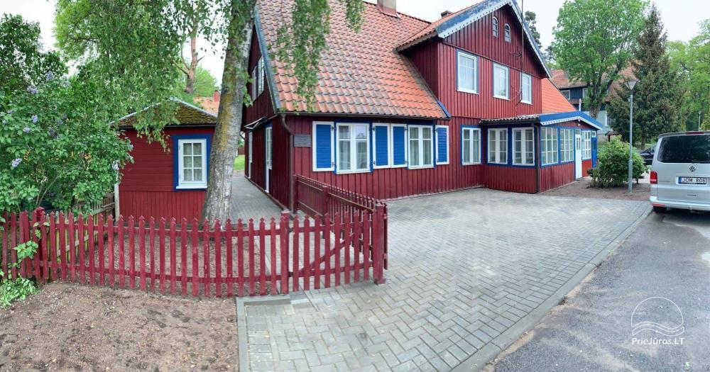 Apartament z prywatnym parkingiem i prywatnym dziedzińcem - 1