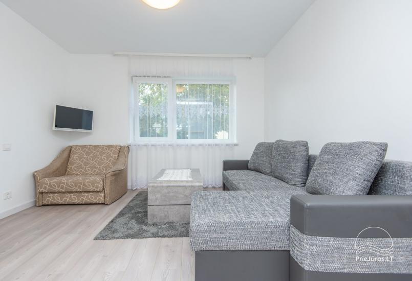 Przestronne, przytulne i schludne pokoje ze wszystkimi udogodnieniami do wynajęcia w Połądze, w prywatnym domu - 4