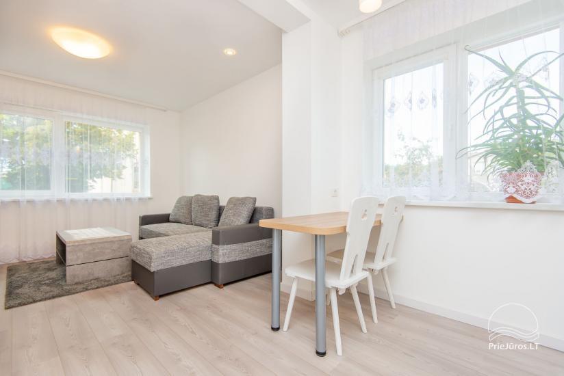 Przestronne, przytulne i schludne pokoje ze wszystkimi udogodnieniami do wynajęcia w Połądze, w prywatnym domu - 3