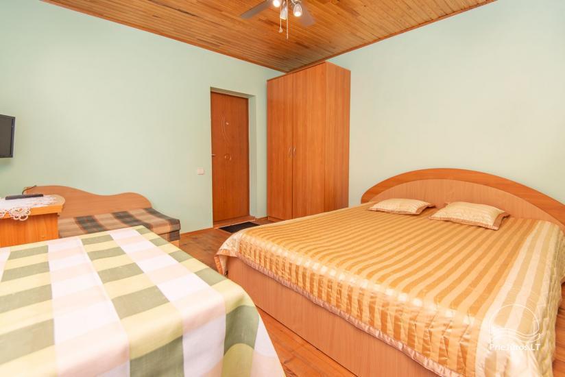 Przestronne, przytulne i schludne pokoje ze wszystkimi udogodnieniami do wynajęcia w Połądze, w prywatnym domu - 11