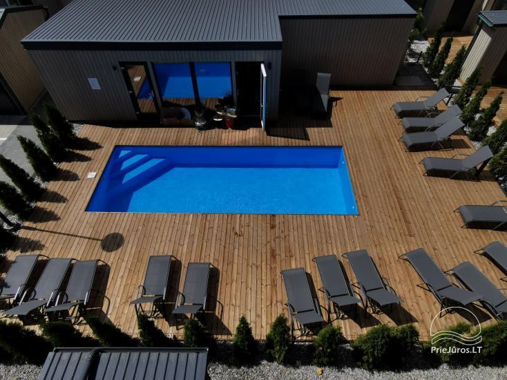 Nowe mieszkanie z podgrzewanym basenem otoczonym lasem sosnowym - 1