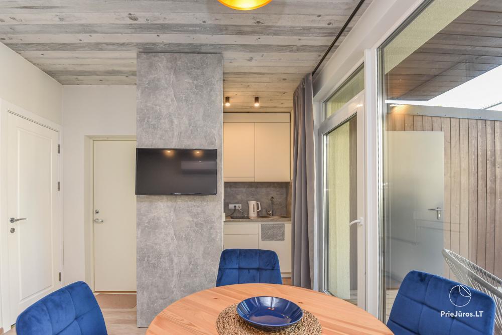 Nowe mieszkanie z podgrzewanym basenem otoczonym lasem sosnowym - 7