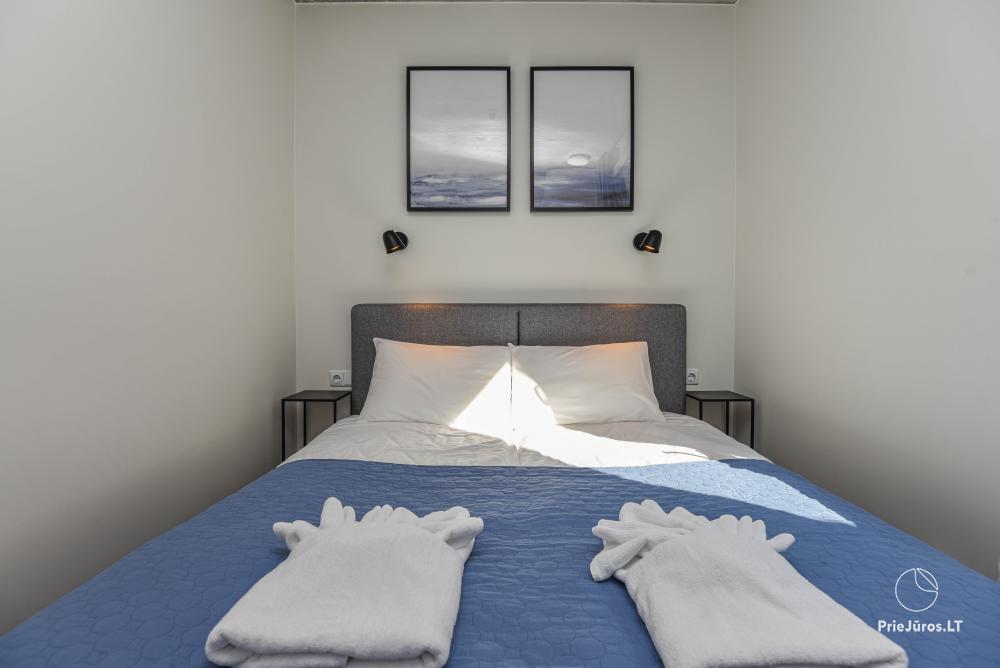Nowe mieszkanie z podgrzewanym basenem otoczonym lasem sosnowym - 9