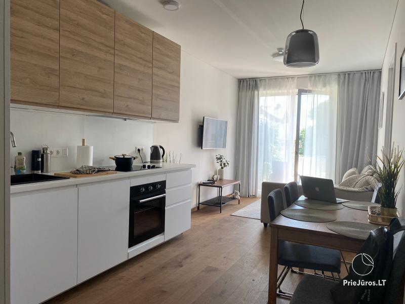 Apartament z widokiem na lagunę w Kalno Namai