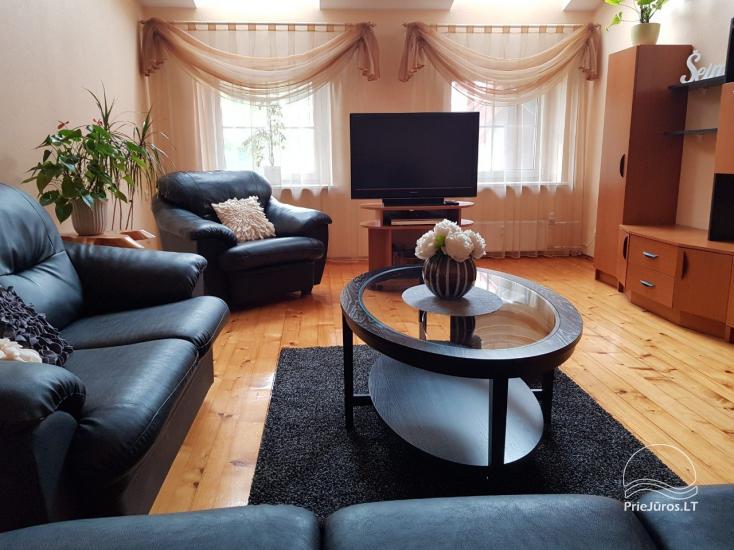 Przestronny apartament z dwiema sypialniami w Nidzie - 2