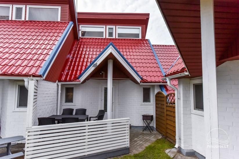 Cottage No. 4 terrace
