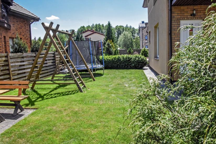 Pokoje i apartamenty w Połądze, dom gościnny SMILGA - 8