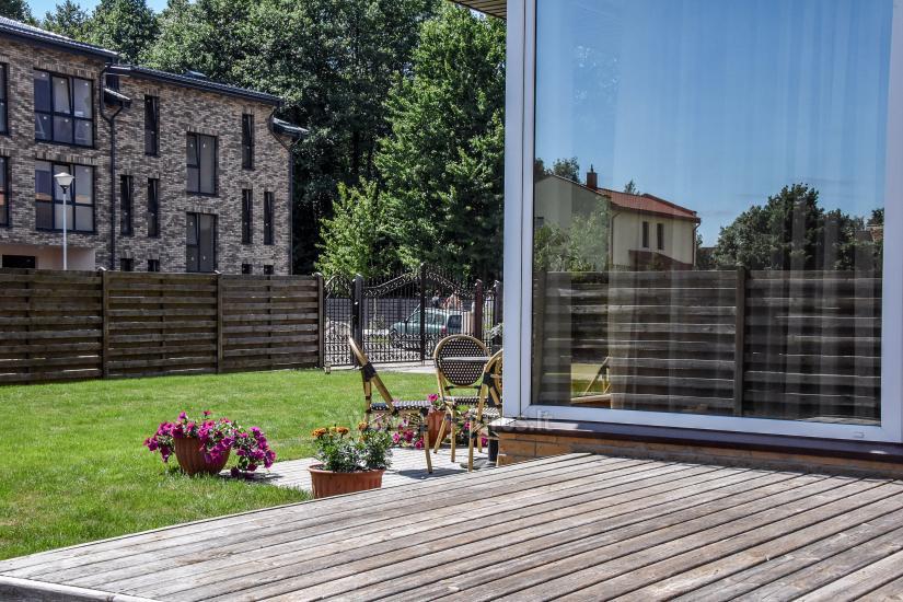 Pokoje i apartamenty w Połądze, dom gościnny SMILGA - 11