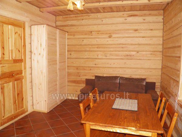Dwupokojowe mieszkanie i pokoje do wynajęcia w Sventoji w drewnianym domu - 8