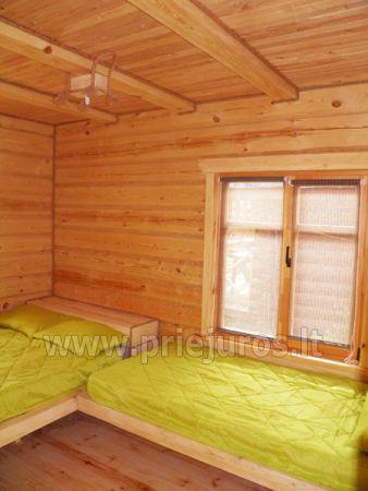 Dwupokojowe mieszkanie i pokoje do wynajęcia w Sventoji w drewnianym domu - 9