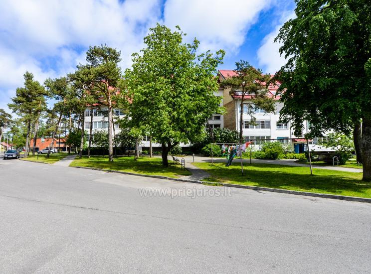 Apartament w Nidzie na 8-10 os. z kominkiem, balkon - 30