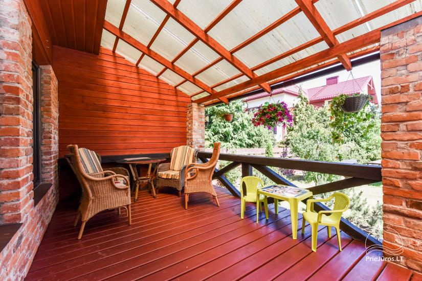 Dom wakacyjny i pokoje w Kunigiskes Mazoji Vila, w pobliżu szlaku rowerowego, 100 metrów do morza - 3
