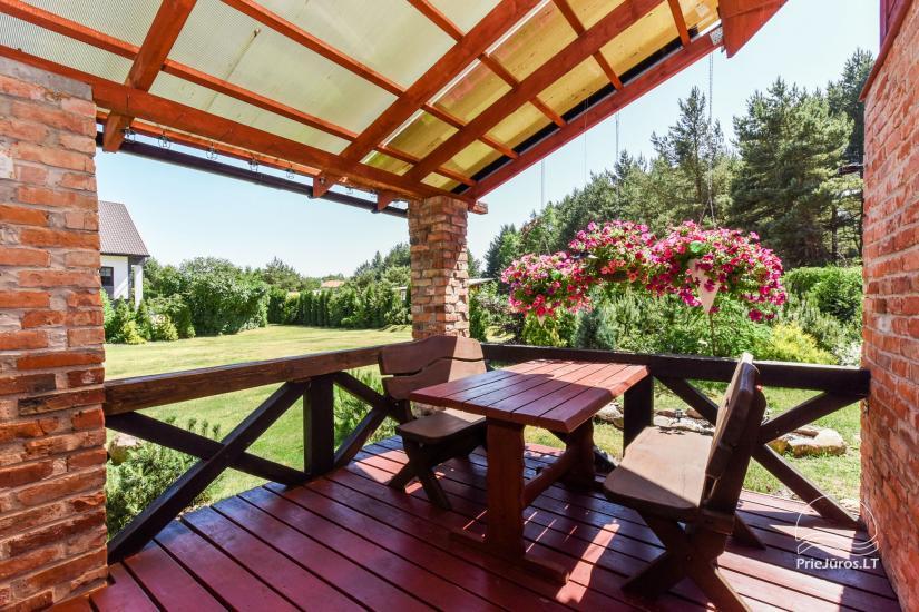 Dom wakacyjny i pokoje w Kunigiskes Mazoji Vila, w pobliżu szlaku rowerowego, 100 metrów do morza - 4