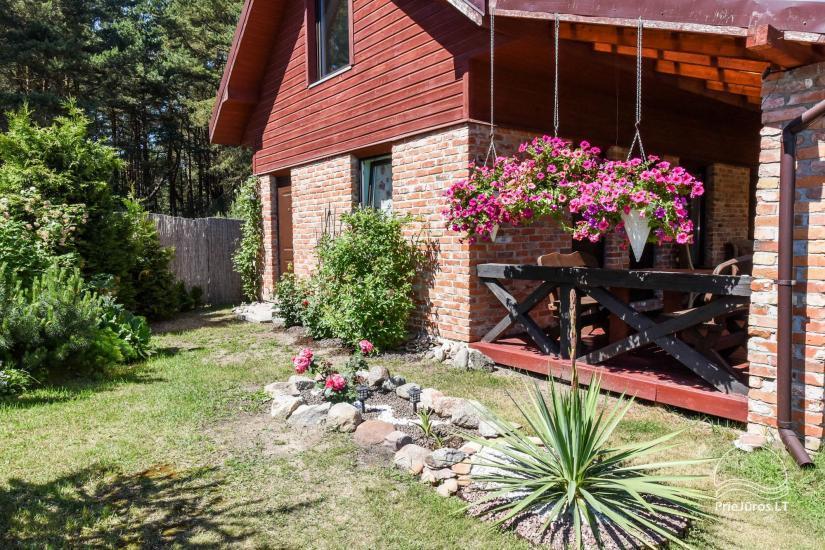 Dom wakacyjny i pokoje w Kunigiskes Mazoji Vila, w pobliżu szlaku rowerowego, 100 metrów do morza - 5