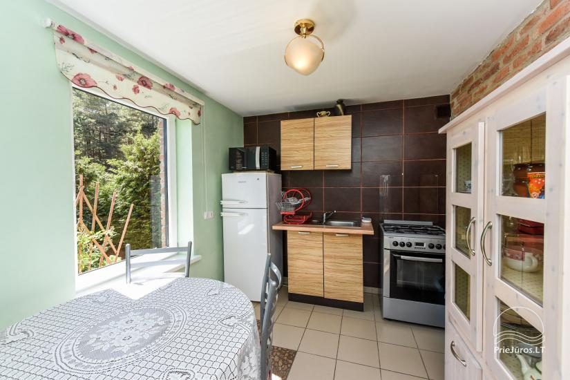Dom wakacyjny i pokoje w Kunigiskes Mazoji Vila, w pobliżu szlaku rowerowego, 100 metrów do morza - 11