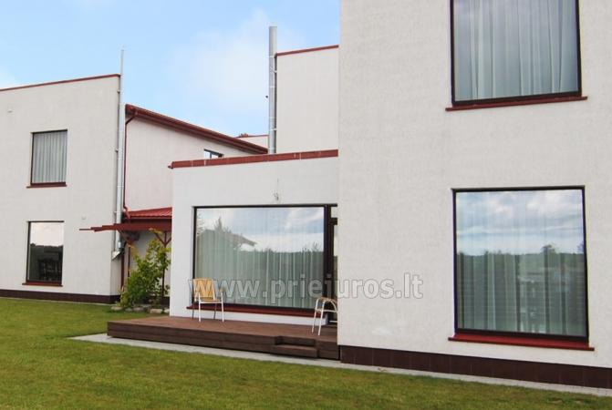 Dom do wynajecia w Sventoji (Palanga): 4 sypialnie, szeroki salon z kuchnia, 3 lazienki - 2