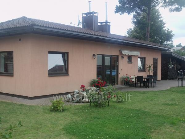Dom i mieszkanie do wynajecia w Giruliai, Klajpeda