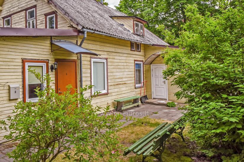 2-pokojowe mieszkanie do wynajęcia z prywatnym dziedzińcem w Połądze - 9