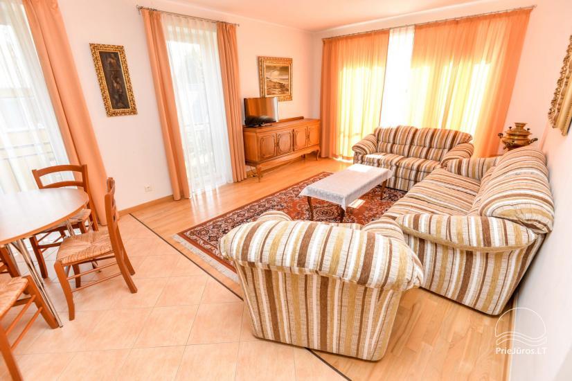 2-pokojowe mieszkanie do wynajęcia z prywatnym dziedzińcem w Połądze - 11
