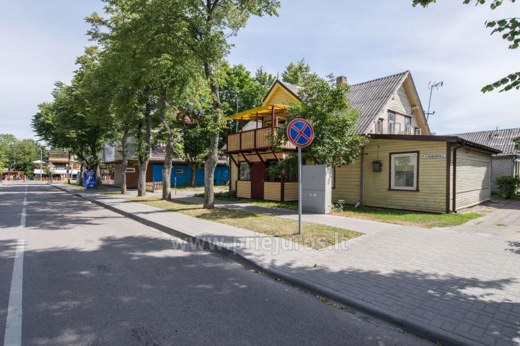 2-pokojowe mieszkanie do wynajęcia z prywatnym dziedzińcem w Połądze - 2