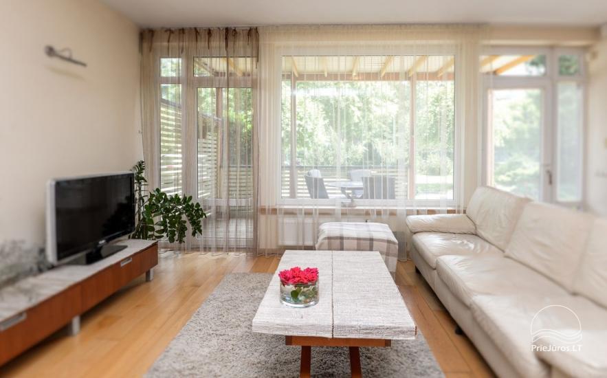 Domek (apartament dla 4-6 osób) z przestronnym dziedzińcem, tarasem w Połądze, przy ulicy Vanagupes. - 6