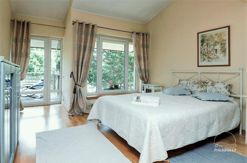 Domek (apartament dla 4-6 osób) z przestronnym dziedzińcem, tarasem w Połądze, przy ulicy Vanagupes. - 8