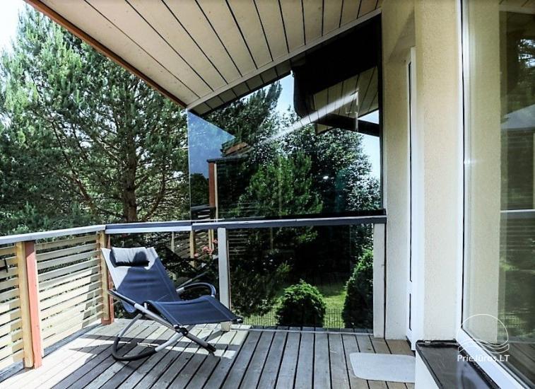 Domek (apartament dla 4-6 osób) z przestronnym dziedzińcem, tarasem w Połądze, przy ulicy Vanagupes. - 13