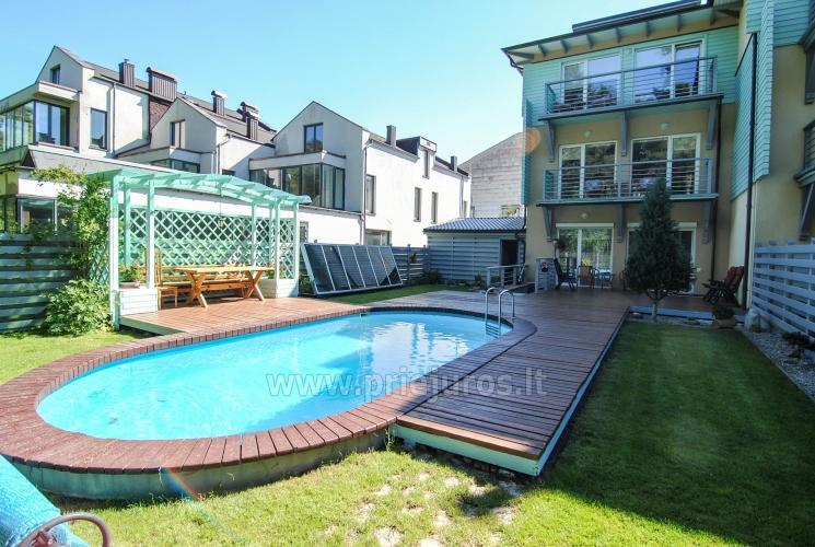 Apartamenty Willa Marta z odkrytym basenem.250 metrów do morza, las sosnowy, rowery za darmo! - 1