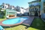 Apartamenty Willa Marta z odkrytym basenem.250 metrów do morza, las sosnowy, rowery za darmo!