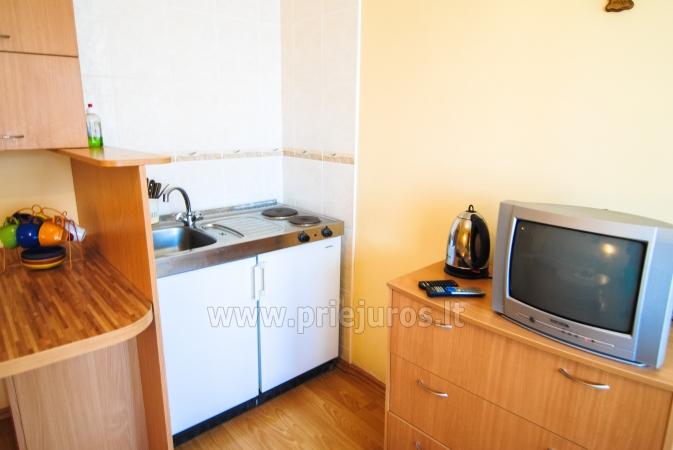 Dwupokojowe mieszkanie z balkonem i nowe meble w Połądze - 6