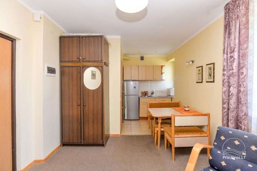 Apartamenty z dwoma sypialniami w Nidzie. Parking za darmo. - 7