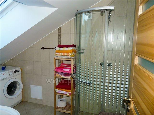 Dwupokojowy apartament z kominkiem Gniazdem II do wynajęcia w Nidzie - 8
