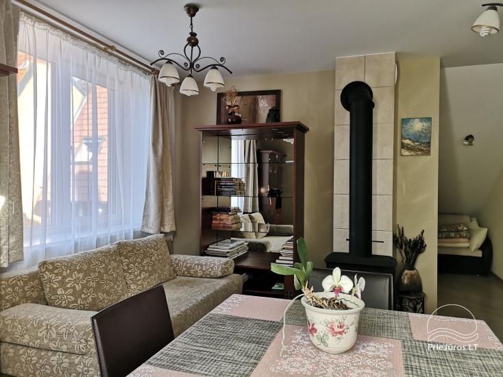 Dwupokojowy apartament z kominkiem Gniazdem II do wynajęcia w Nidzie - 4