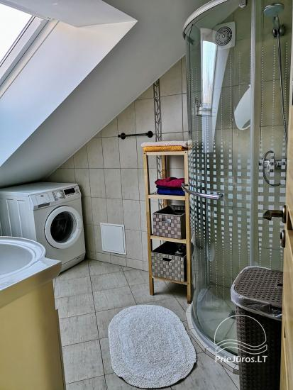 Dwupokojowy apartament z kominkiem Gniazdem II do wynajęcia w Nidzie - 10