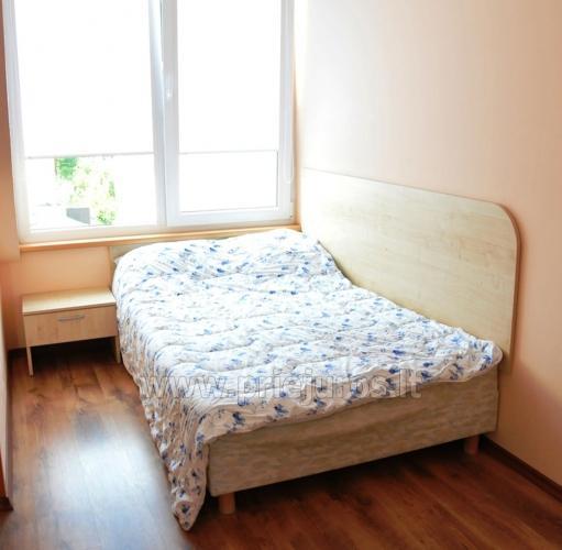 Przestronny apartament dwupokojowy. Spokojna lokalizacja, 10 min. na piechotę do plaży - 10