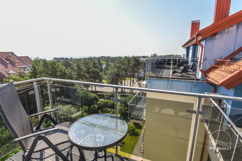 Nowe 2 pokojowe mieszkanie w centrum Nidy z taras, widokiem na lagunę