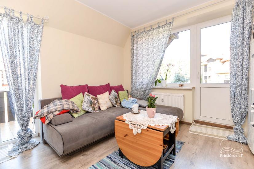 Kopu 3 apartamenty: trzy pokoje mieszkanie w centrum Nidy - 2