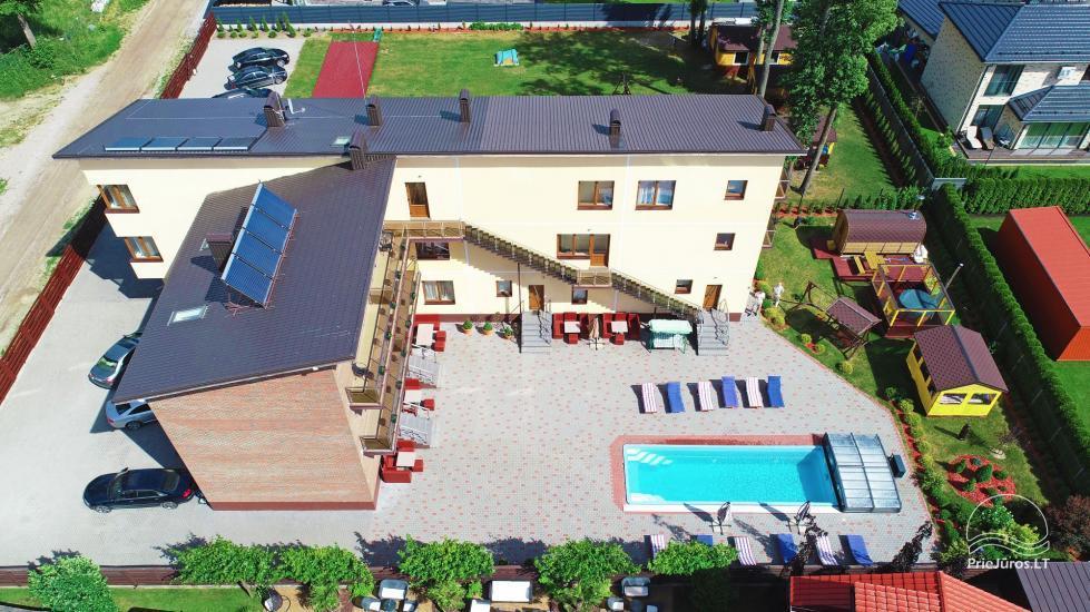 IEVŲ VILA – komfortowe apartamenty i pokoje, szerokie ogrodowe, basen z podgrzewaną wodą - 10