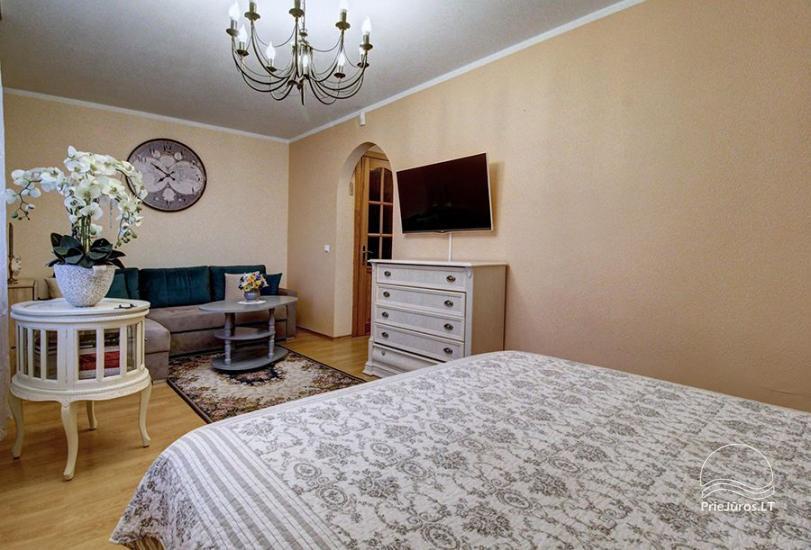 Mieszkania do wynajęcia w prywatnym domu w Połądze. Oddzielne podwórze, grill - 3