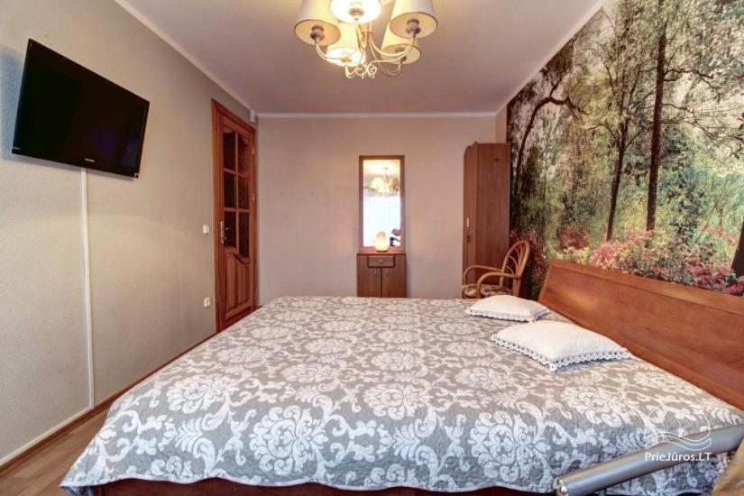 Mieszkania do wynajęcia w prywatnym domu w Połądze. Oddzielne podwórze, grill - 10