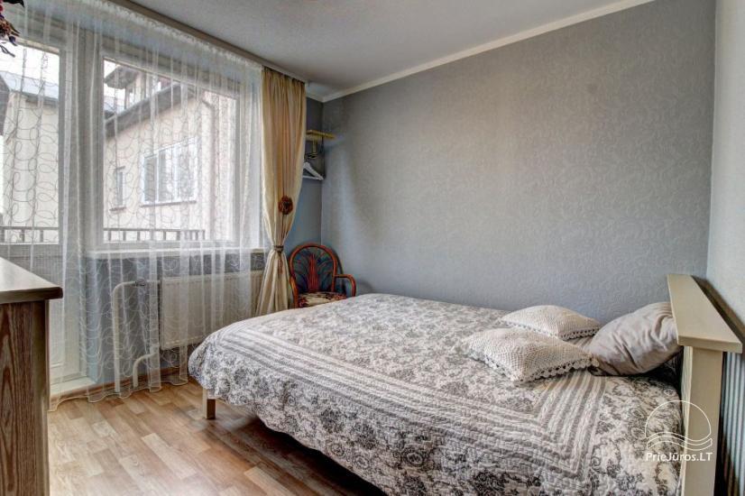 Mieszkania do wynajęcia w prywatnym domu w Połądze. Oddzielne podwórze, grill - 11