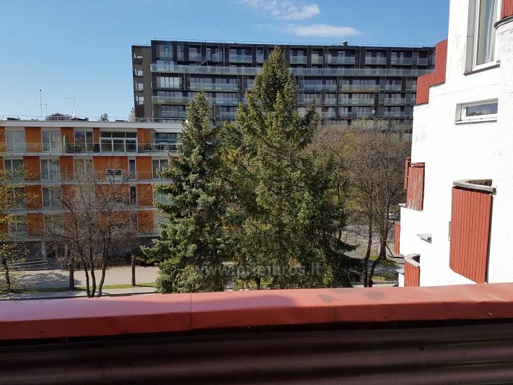 Nowocześnie urządzony apartament z przytulnym tarasie - 7